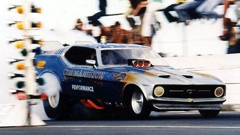 Funny cars des années 70 ! A_sterling_001