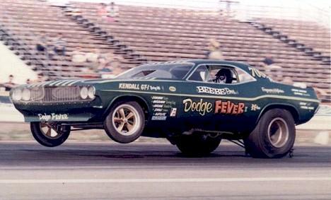 Funny cars des années 70 ! D7_dodge_fever_7