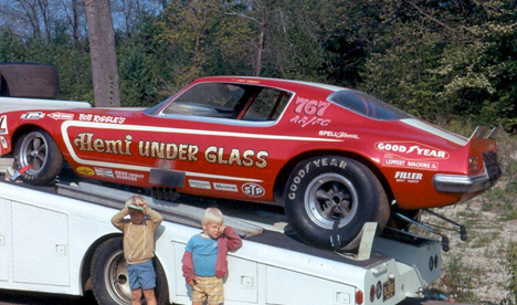 Funny cars des années 70 ! Emory