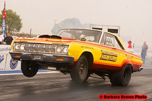 Drag Racing List - Wheelstanding Action at the 2009 CHRR ...