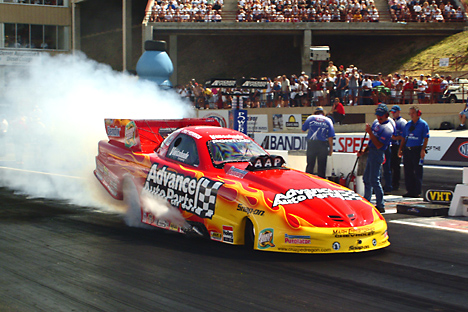 Advance Auto Intitle Nhra Racing on Drag Racing Picture Of The Day   Photo Review  2003 Nhra Mile High