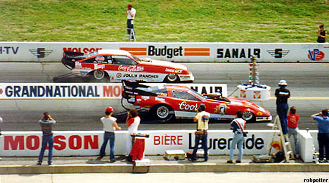 John Force vs. Tom McEwen at Sanair 1986. Photo by Rob Potter