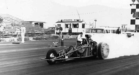 Cook Bros. & Jahns' wild three wheeler laying down a fogbank at San Gabriel 1963. Photo thanks to Troy Cagle