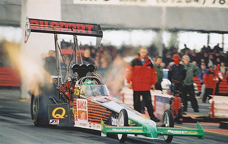 Micke Kagered has an awesome 2001, winning the Swedish TF title and running a 5.79 in his alky funny. Photo by Tog