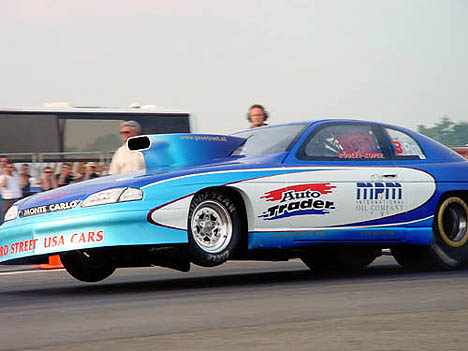 Robert Koper tries to sort out his Netherlands-based Pro Mod Monte Carlo. Photo by Yvon Bakker
