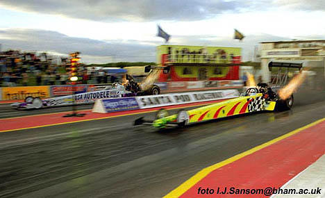 Andy Carter took the 2001 FIA European Top Fuel Championship. Photo by Ivan Sansom