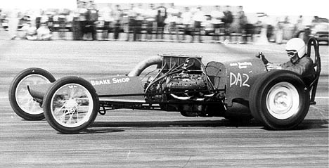 John Bradley's Low Blow Flathead powered digger was annother in the ongoing experiments in speed. Photo by Don Nichols
