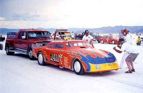The Studebaker gets ready to leave the line at Bonneville Speedweek, August 2001. Photo thanks to Gail Tesinsky