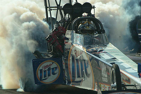 Larry Dixon is low qualifier at the 2002 NHRA Gatornationals. Photo by Greg Gage