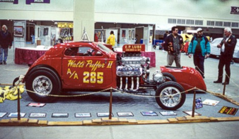 Walt's Puffer Fuel Altered looking good at Detroit's Cobo Hall. Photo by Wally Knoch