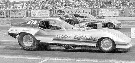 White Lightning Corvette vs Larry Van Unen. Photo from the Flyin' Phil Archives