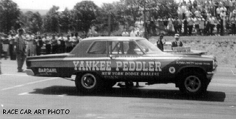 Yankee Peddler versus Dick Landy, 1965. Photo by Joel Naprstek