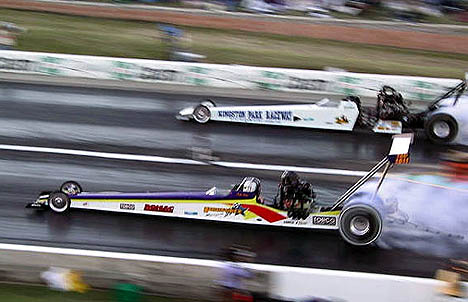 Bob Wilson and Mark Brew burn out together at the Aussie Winternationals. Photo by Carl Witt