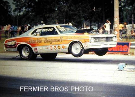 Wyman Barnett leaps off the line at the Gators in the Steve Bagwell Dodge Dart Pro Stocker. Photo by Bob Fermier