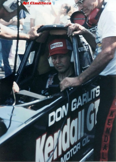 Don Garlits and Bruce Larson Warm Up Swamp Rat 32. Photo by Art Cimilluca