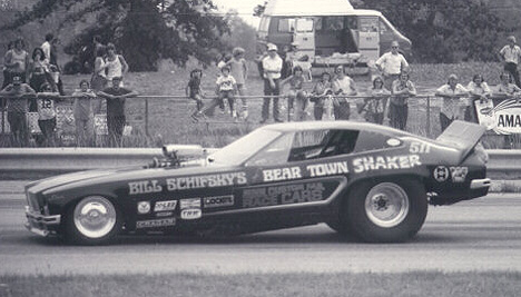 Bill Schifsky's Minnesota-based Bear Town Shaker does Dragway 42 in Ohio. Photo by Bob Srait