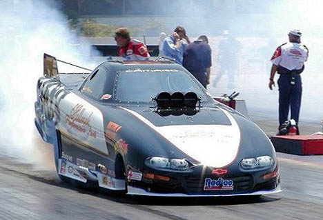 Jimmy Rector is on a tear in 2002, easily leading the IHRA points after five consecutive wins. Photo thanks to Bill Severino