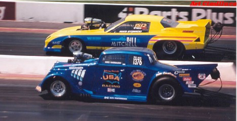 E-Town Pro Mod action, mid '90s. Johnny Rocca vs Mike Stawicki . Photo by Art Cimilluca