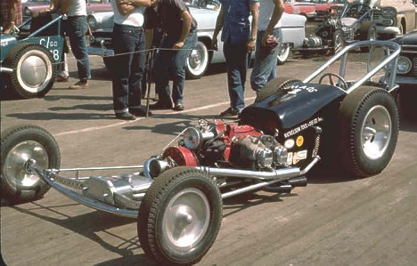 Nickelson Tool & Die dragster, 1960. Photo by Pete Garramone