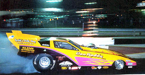 Don Roddy set both ends of the Midway Drag Strip record at 5.08, 177 during Classic Thunder II. Photo by DR Price