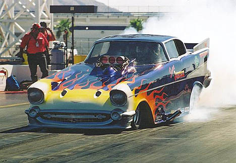 Jim Carter's Nostalgia Eliminator funny car impressed at the Goodguys Fall Classic. Photo by Tog