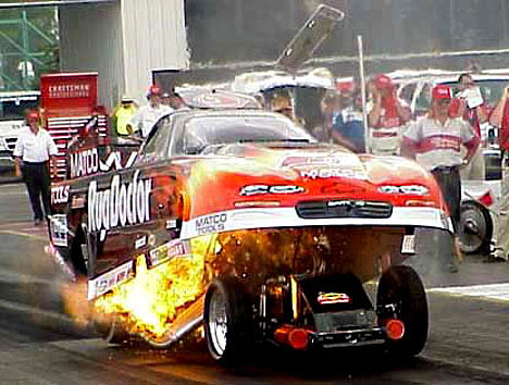 http://www.draglist.com/photoimages/POD-1101/Jim%20Epler%20won%27t%20soon%20forget%20the%202001%20NHRA%20race%20in%20St.%20Louis.%20Photo%20by%20Brian%20Wood.jpg