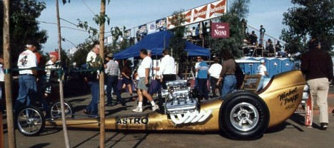 Another shot of the amazing Astro Magic Car. Come see it at the CHRR on October 5-8, 2000. Photo thanks to Bill Pitts