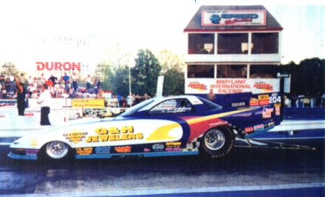 Billy Gibson won the 2000 MIR Funny Car Classic in his G&H Jewelers Camaro. Photo by Bryan Epps