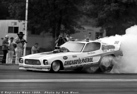 Pat Foster abuses the Chicago Patrol Mustang II. Photo by Tom West