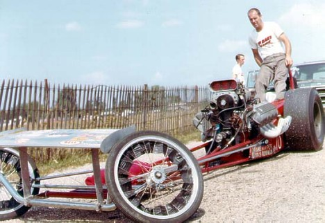 Pete Robinson in his Ford powered Woody dragster. Photo by Jim Hill