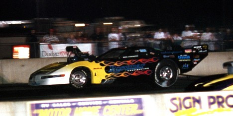 Ron Iannotti's blown Corvette set new NED doorslammer track records at 6.42, 216. James Morgan photo