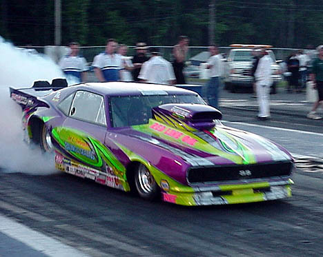 Barney Squires was shaking out the new MJ Johnson Paving Pro Mod. Photo by Tim Pratt