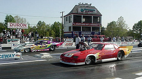 Tommy Howes' blown Camaro defeated Billy Farmer's nitrous Corvette in the Frantic Four final. Photo by Tim Pratt