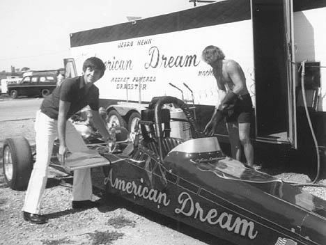 Vern Anderson installs the canard wings on the American Dream rocket dragster in 1973. Photo thanks to Ron Johnson
