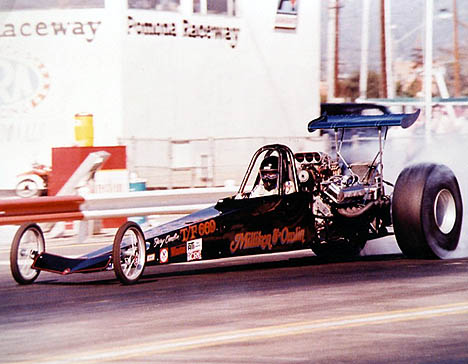 Here's the Omlin and Milliken car at Pomona. Check out the short wheelbase. Photo by Les Welch