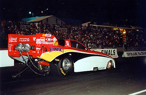 AHRA regular Jack Wyatt had the Nitromaniac at Spokane 2001. Photo by David Hapgood