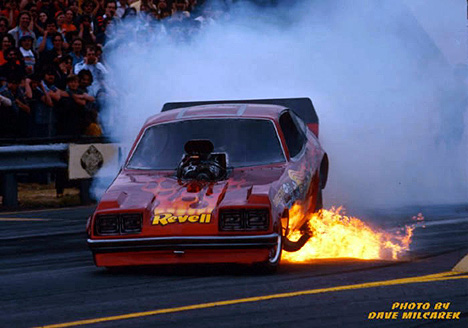Jake Crimmins gets a little toasty at Epping, NH, in Jungle's second car in 1976. Photo by Dave Milcarek
