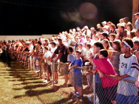The fans packed Ware Shoals and really enjoyed the action. Brian Wood photo