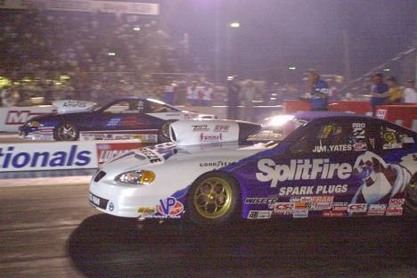 Jim Yates qualified first (near) and Kirk Johnson qualifies second (far) in Pro Stock.